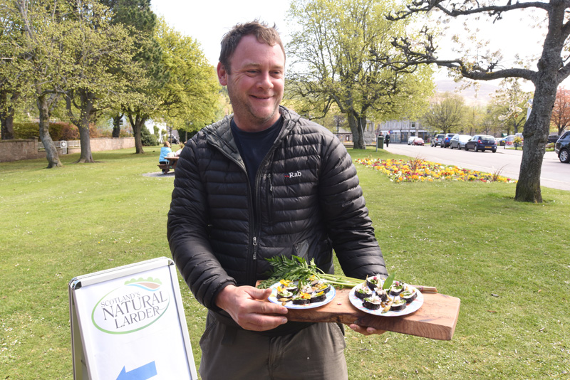 Foraging - Ballater - CNF 2016 14th May 2016