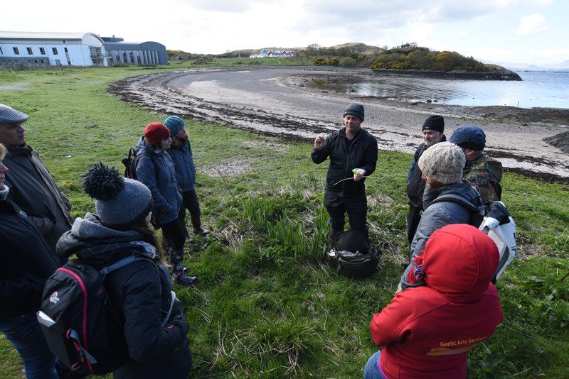 Gaelic Foraging - Dunstaffnage 25-April-2017